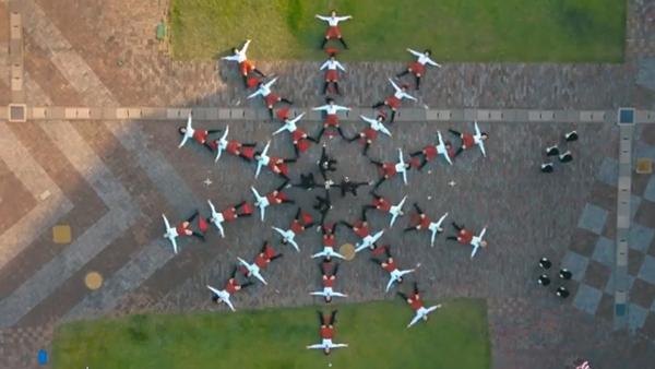 【動画】「OK Go」ドローンで撮影された新曲MVが見事すぎる!Perfumeも出演してるよ