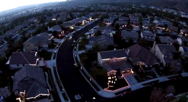 【動画】ご近所さんで協力してライトアップしたら凄いことになったwww
