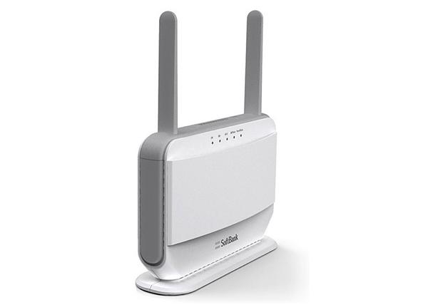 「SoftBank Air」置くだけで高速通信(下り最大110Mbps)が利用可能になる宅内機器