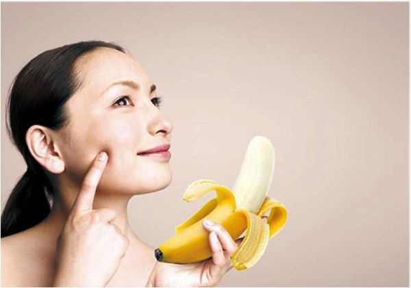 バナナはビタミンB2・B6が果物や野菜の中ではトップクラスに含まれ美容にいいらしい!
