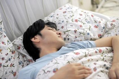 ええっ「体内時計25時間」「理想の睡眠は8時間」実はウソだった!?