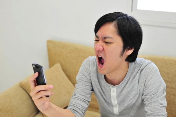【総務省】スマートフォンの契約にもクーリングオフ導入へ