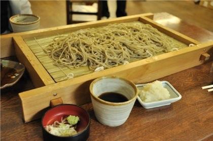 夏にオススメの昼食は蕎麦 → 消化がよく身体の熱も取り除く