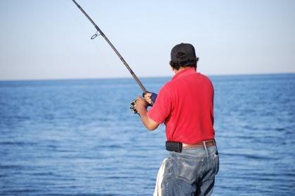 釣り上手の警察官 → 原稿を書く&テレビ出演 → 処分