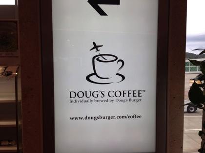 「DOUG'S COFFEE(石垣島)」空港で絶対に食べたい沖縄県産牛ビーフ100%の絶品ハンバーガー