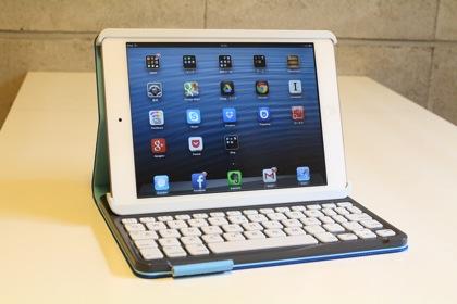 二つ折り状態から入力スタイルへの移行が超スムーズ!iPad mini用キーボード「ロジクール キーボード フォリオ ミニ(TM720)」ファーストインプレッション