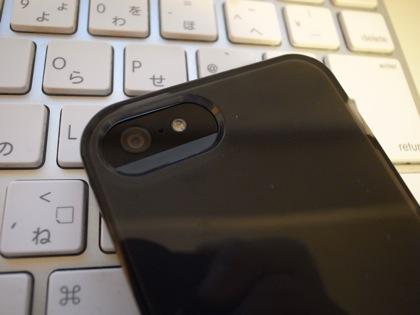 【iPhone 5】カメラ付近からカタカタ音が鳴るのは仕様!?