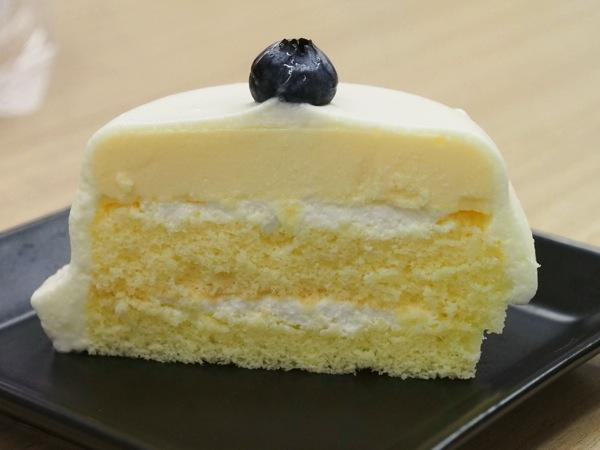 Lawson cake 230030