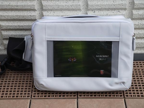 【とれるカメラバッグ】普段使いで愛用しているバッグに新色「ライトグレー」登場!→ ファーストインプレッション