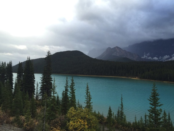「ウォーターフォウル・レイク(Waterfowl Lake)」 #アイスフィールド・パークウェイ #アルバータ秋旅 #カナダ