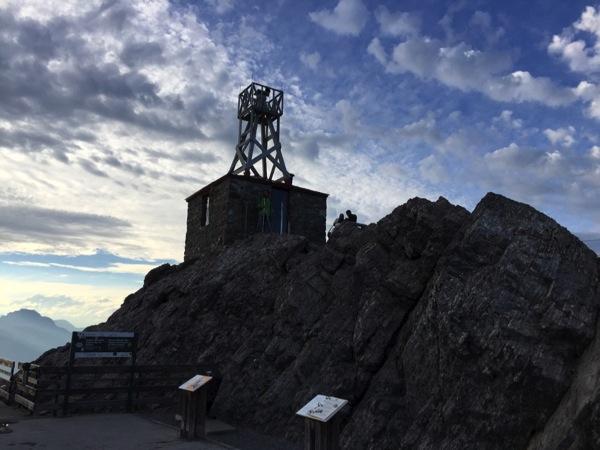 サルファー山「バンフゴンドラ」山頂からバンフの町を一望する!(Ingressのポータルあり) #アルバータ秋旅 #カナダ