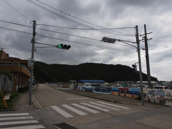 座間味島の信号【2泊3日の沖縄島旅】