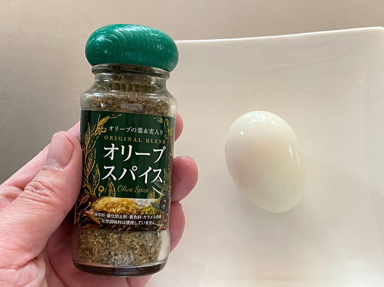 電子レンジでゆで卵「ゆで卵メーカー」とオリーブスパイス 11 04