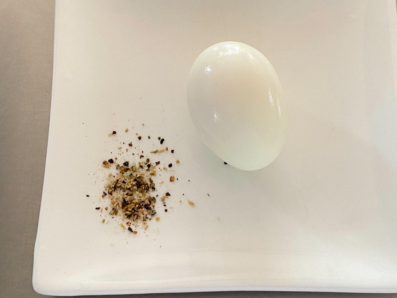 電子レンジでゆで卵「ゆで卵メーカー」とオリーブスパイス 12 04