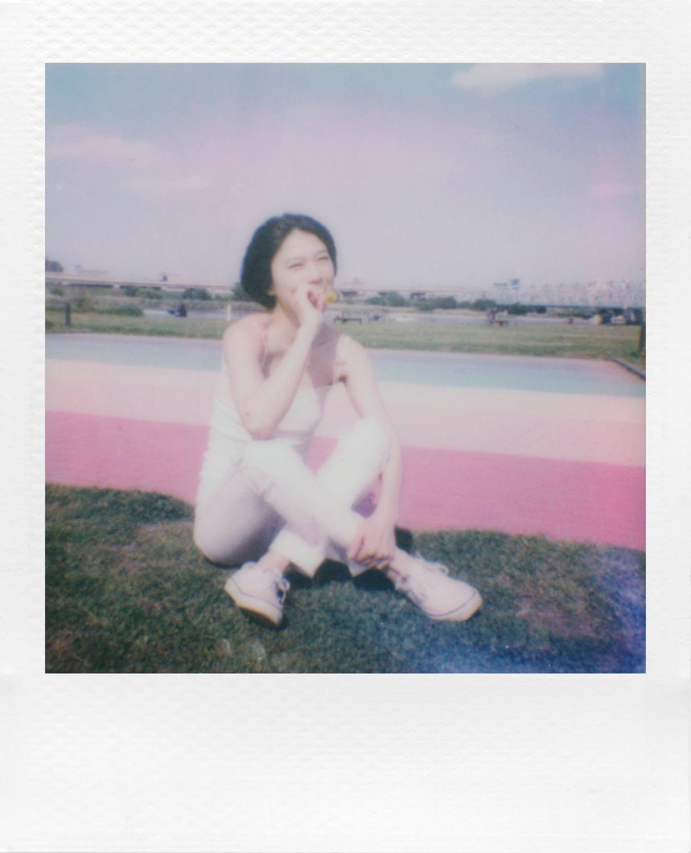 Polaroid go 09 04
