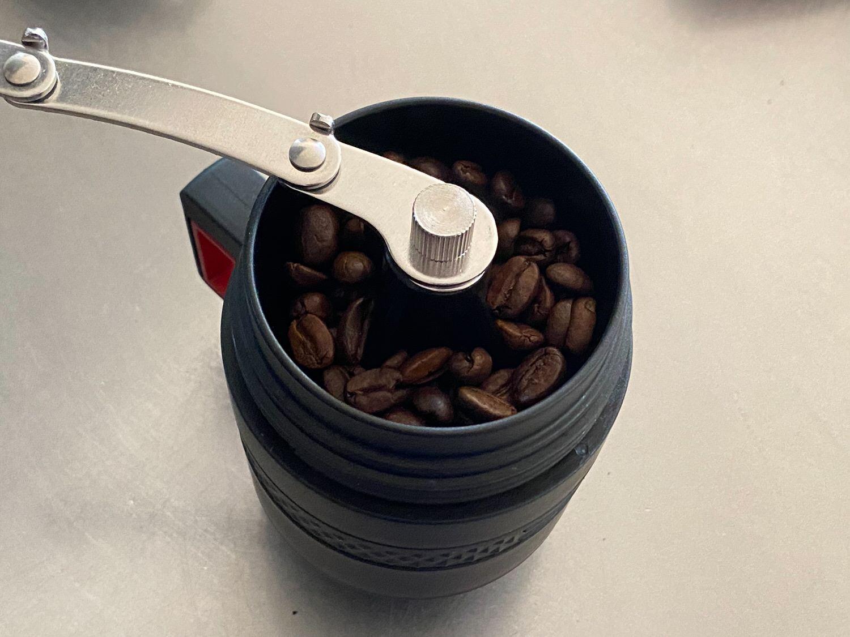 ダイソー「アウトドアコーヒーメーカーカップセット」 15018