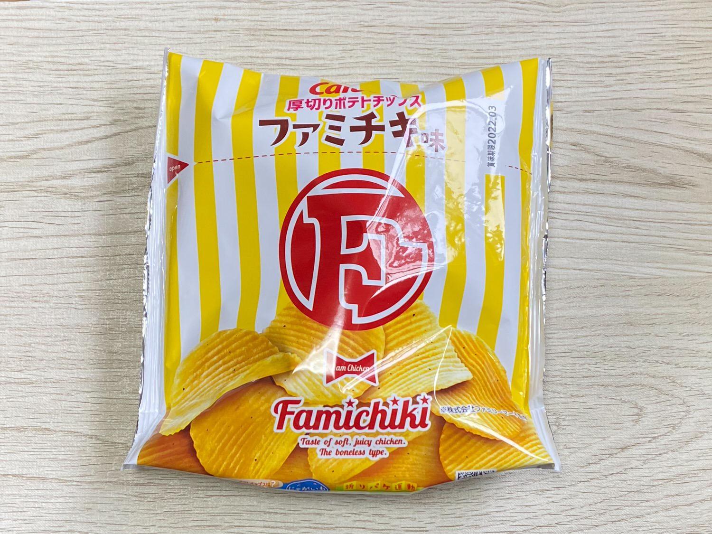 F厚切りポテトチップス ファミチキ味 27000